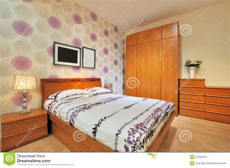 chambre coucher simple chambre à coucher décorée simple photographie stock libre