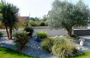 creation de jardins mediterraneen en bretagne jardins With deco autour d une piscine 6 jardins mediterraneens mediterraneen jardin grenoble
