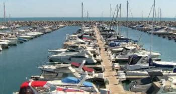 Year Round Boat Slips Chicago by Chicago S Newest Harbor Chicago Tonight Wttw