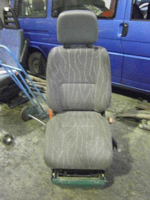 Passenger van low roof 144. MERCEDES SPRINTER 311CDI DRIVERS SEAT WITH BASE 2001 - 2005