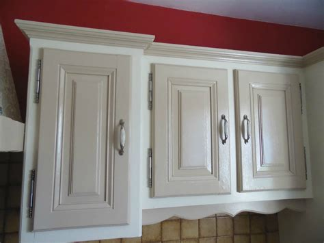 peindre armoire de cuisine en chene cuisine la dã co de gã gã peindre meuble cuisine chene
