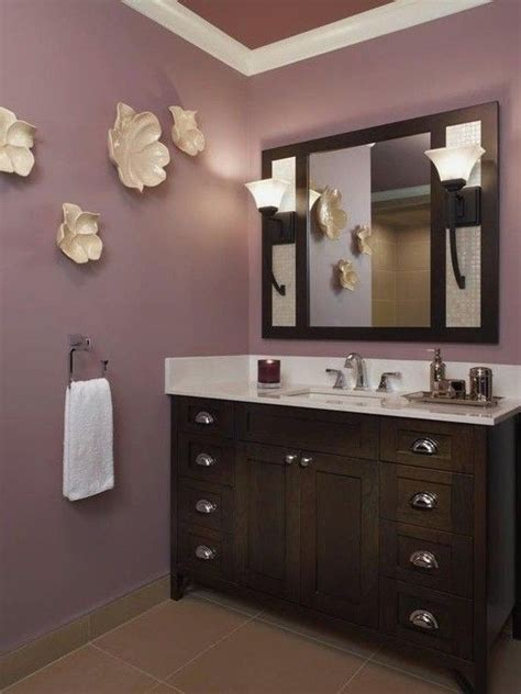 Plum Colored Bathroom Accessories by Best 25 Purple Bathrooms Ideas On Purple