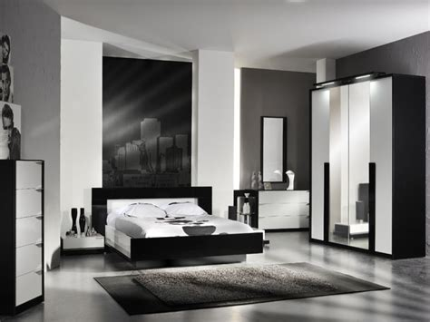 Master Bedroom Decor Black And White by Black And White Bedroom Furniture Sets Black And White