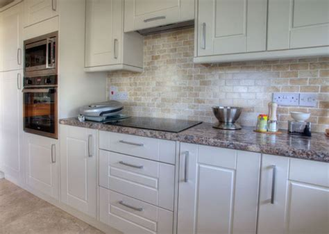Perkins & Son Kitchens and Bedrooms   Kitchen Fitter in