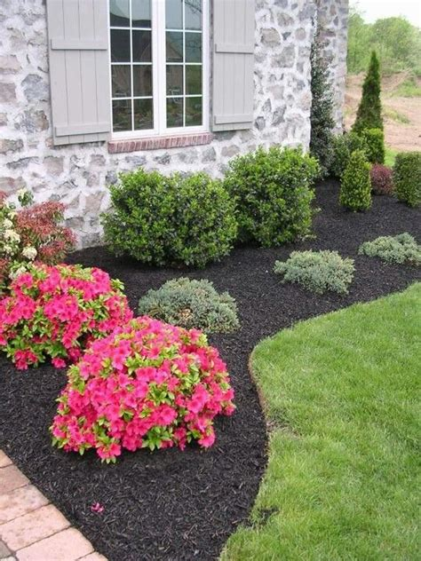 simple landscaping     front  yard pinterest flower front yard