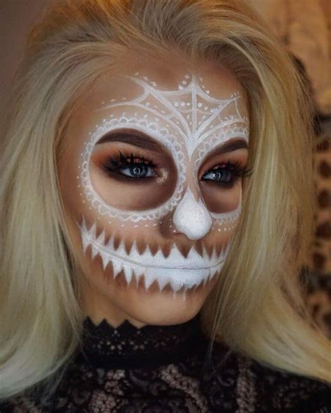 13 Pretty Scary Halloween Makeup Ideas That You Have To