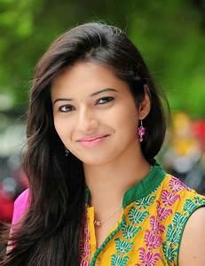 Indian Film Actresses: Isha Chaawla  Indian