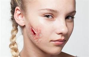Make Up Ideen : halloween outfit ideen falsche wunde make up ~ Buech-reservation.com Haus und Dekorationen