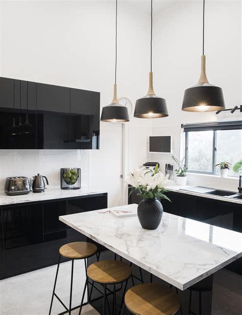 27+ Unbelievable Kitchen Interior Black And White