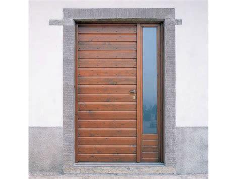 Porta Ingresso Legno Porta D Ingresso In Legno Per Esterno Con Pannelli In