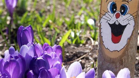 Hasen osterhasen holz 2 stk paar rosa grun osterdeko fruhling. Osterhasen aus Holz basteln: Ideen und Tipps   SAT.1 Ratgeber