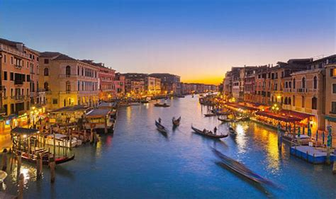 Delce Cartes Postales Europe by Dolce Italia