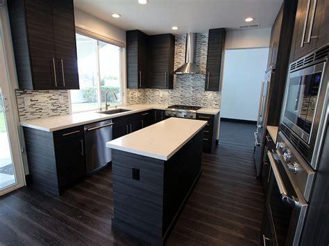 san clemente gray white  shaped modern kitchen remodel