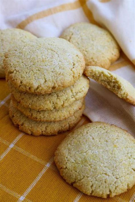 No one will guess it's low in sugar. 40 Keto Cookies- BEST Low Carb Keto Cookie Recipes - Easy ...