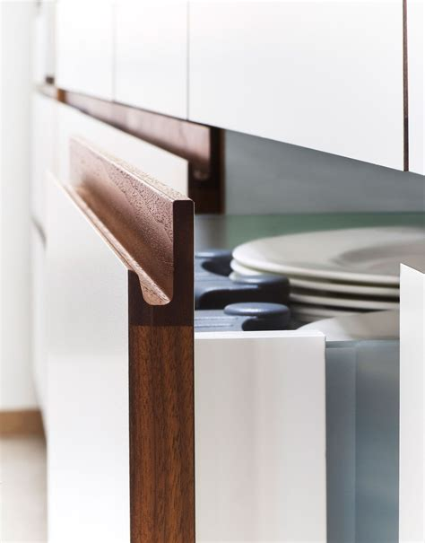 Kitchen Cabinet Pull by Six Common Kitchen Design Mistakes And How To Avoid Them