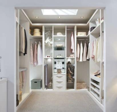 Das Ankleidezimmer Moderne Wohnideenankleideraum Im Schlafzimmer by Offener Kleiderschrank 39 Beispiele Wie Der
