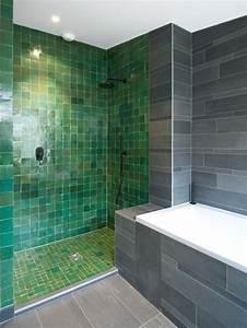 salle de bain avec un carrelage vert photos et idees With carrelage salle de bain vert