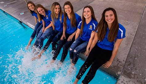 smchss white water team boys  girls swim teams poised