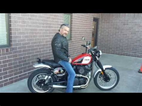 Test drive Yamaha SCR 950 - YouTube
