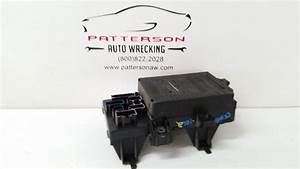 2005 Ford Pickup F150 Engine Motor Under Hood Fuse Relay