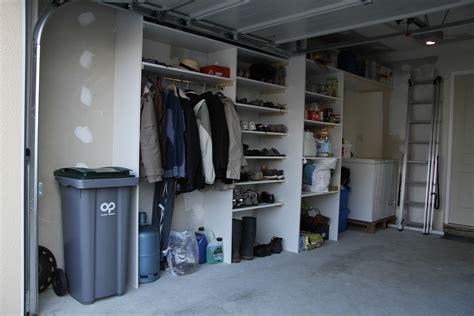 etagere pour placard cuisine beau placard pour garage 8 solution rangement 08331530