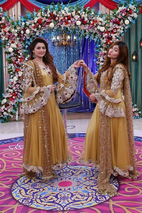 beautiful dresses  kashif aslam celebrates ki dunya