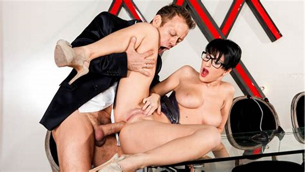 #Hottie #Emylia #Argent #Tries #Anal #Sex #For #The #Very #First #Time