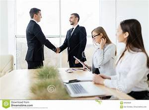 Business People Handshake Pictures to Pin on Pinterest ...