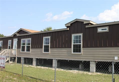 Exterior Paint Color Ideas For Mobile Homes Painting A
