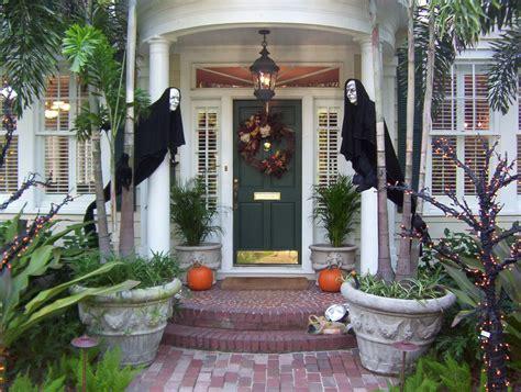 scary outdoor halloween decor ideas