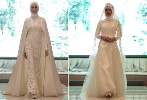 white dahlia busana pengantin hijab  ivan gunawan