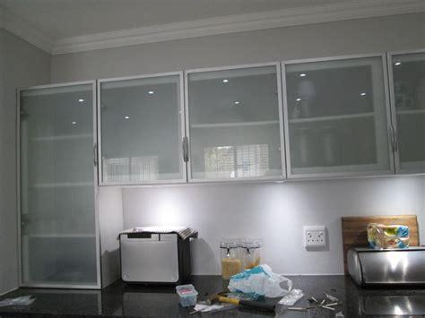 kitchen  incorporating aluminium frame cabinet