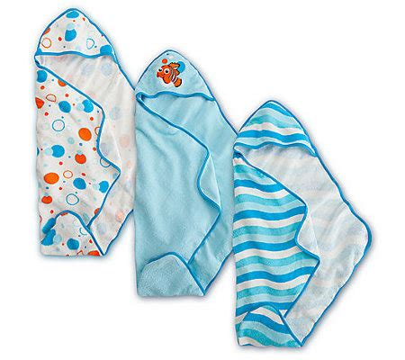 finding nemo bath towel set baby shower gift idea personalizable hooded towel gift