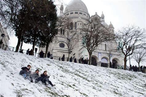 remuneration bureau de vote sous un blanc manteau de neige fo bouchara