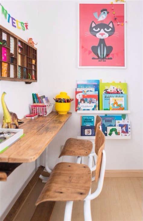 ancien bureau ecolier idées pour un coin bureau enfant très déco decouvrirdesign