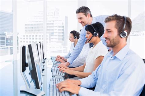 help desk support unified service desk steps with a call center