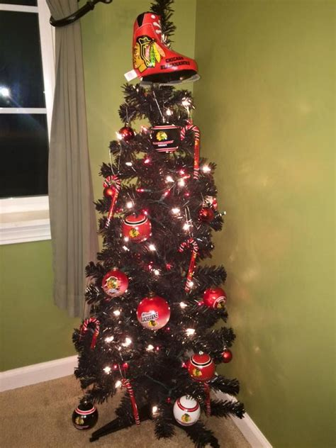 check out this blackhawks christmas tree that one of our fans decorated hawks at home