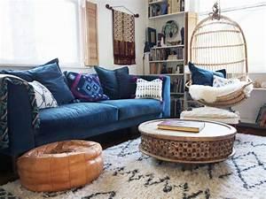 Canapé D Angle Bleu Pétrole : inspirations pour un canap en velours joli place ~ Teatrodelosmanantiales.com Idées de Décoration