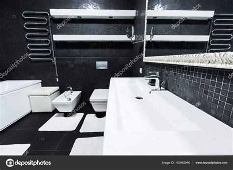 Bagni Bianchi Bagni Bianchi E Neri Bagno Moderno Nero E Bianco 100