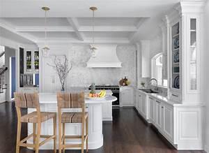 Luxury Traditional White Kitchen