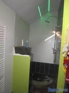 eclairage led douche With carrelage adhesif salle de bain avec strip led belgique