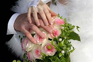 Free Images : hand, person, plant, ring, petal, love ...
