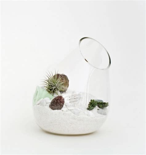 blown terrarium hand blown glass mini terrariums by l 237 till digsdigs