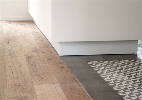 Fliesenspiegel Ausgleichen by Zwei Bodenbel 228 Ge In Einem Raum Wie Holzboden Mit