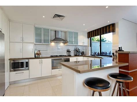 kitchen decoration photo impressive modern u shaped kitchen design photo 4 howiezine