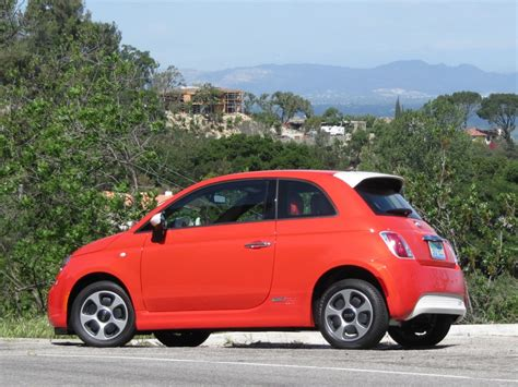 Fiat 500 Electric Car by 2013 Fiat 500e Electric Car Drive Page 3