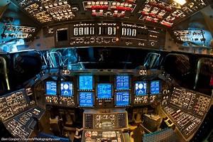 """Beißen Gedanken: Inside the Space Shuttle """"Endeavour ..."""