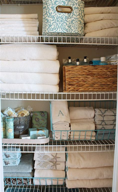 Linen Closet Organizers: A Solution to Organize Linens