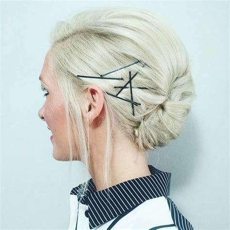 25 Ways You've Never Thought to Wear Bobby Pins Bobby