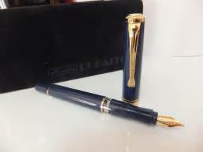 Offered here is extremely rare, herlitz bugatti fountain and ballpoint pen set, which was the only flagship pen this company had for years. Herlitz bugatti blue fountain pen - Catawiki